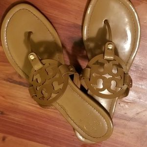 Tory Burch Millers Size 11
